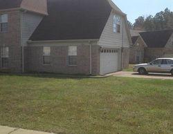 Parkmont Dr, Memphis TN