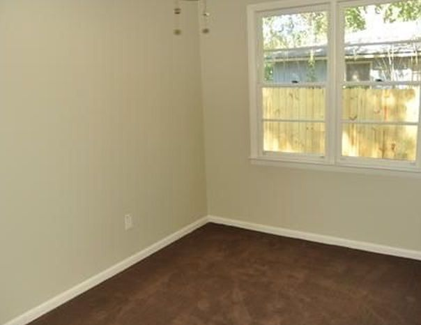 Property #30011076 Photo