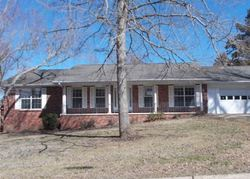 Foreclosure - Cresswell Dr - Mountain Home, AR