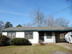 Foreclosure - Wilson St - Canton, MS