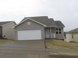 Foreclosure - Trails Edge Dr - Dubuque, IA