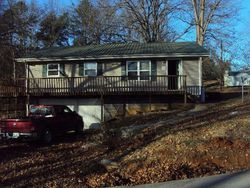 Foreclosure - Lakeview Dr - Somerset, KY