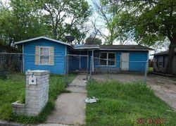 Anderson St, Seguin TX