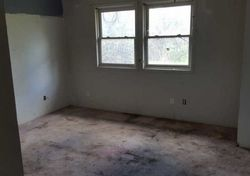 Foreclosure - Nw 10th St - Pendleton, OR