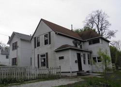 E 10th St, Davenport IA
