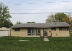 Foreclosure - E 9th St N - Newton, IA