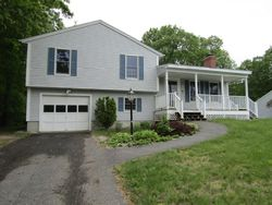 Overledge Drive Ext, Derry NH
