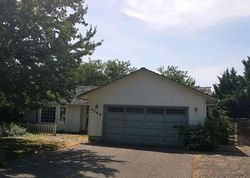 Foreclosure - Green Park Dr - Central Point, OR