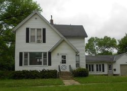Foreclosure - Cedar St - Charles City, IA