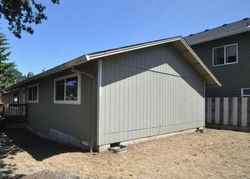 Foreclosure - N 11th St - Saint Helens, OR