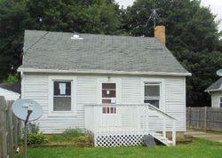 Foreclosure - W Fairfield Ave - Lansing, MI