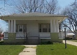N 10th St, Centerville IA