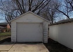 Foreclosure - N 10th St - Centerville, IA