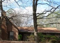 Foreclosure - Scott Ln - Ellenwood, GA