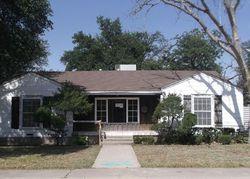 S Calvin Ave, Monahans TX