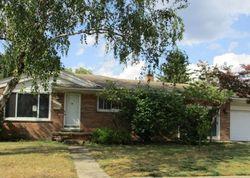 Foreclosure - Fairfax St - Taylor, MI