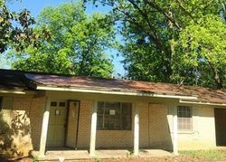 Foreclosure - Main St - Walnut Grove, MS