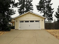 Foreclosure - Burgundy Ln - Cave Junction, OR
