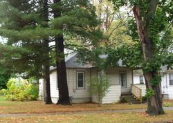 Foreclosure - E Mansion St - Jackson, MI