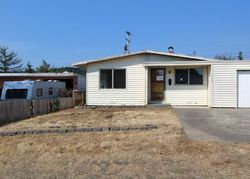 E 11th Pl, Coquille OR