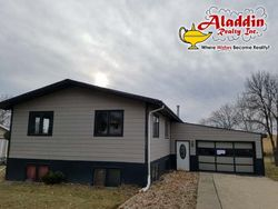 Foreclosure - W Roughrider Cir - Mandan, ND