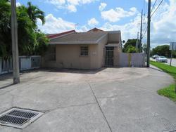 W 21st Ct, Hialeah FL