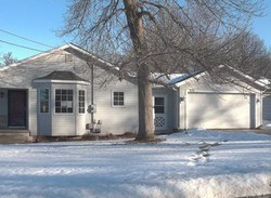 Foreclosure - S 12th Ave W - Newton, IA