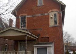 Putnam St, Hartford CT