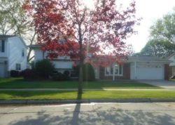 Kenwood St, Trenton MI