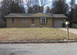 Foreclosure - Beebe Ave - Fremont, MI