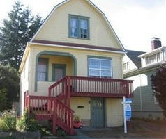 S 6th St, Coos Bay OR