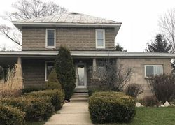 Foreclosure - W Peck Lake Rd - Lowell, MI