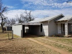 Avenue B Ne, Childress TX