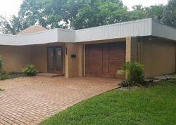 Waxmyrtle Cir, Fort Lauderdale FL