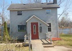 Foreclosure - Vaughn St - Eaton Rapids, MI