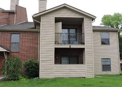 Foreclosure - N Hicks Rd Apt 212 - Palatine, IL