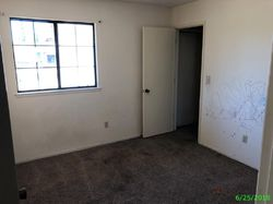 Foreclosure - Moffat Dr - Hanford, CA