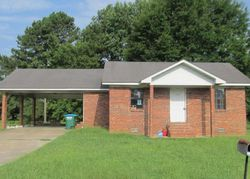 Foreclosure - Kennedy Cir - Grenada, MS