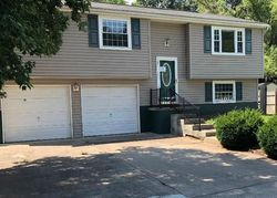 Pinewood Cir, Saint Albans WV
