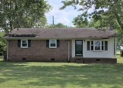Foreclosure - Mattox Rd - Lawrenceburg, TN