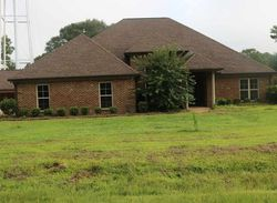 Foreclosure - Walton Cir - Bolton, MS