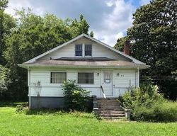 Foreclosure - Exeter Ave - Middlesboro, KY