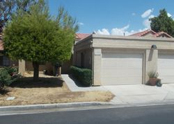 Foreclosure - Elm Dr - Apple Valley, CA