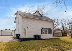 Foreclosure - Nw 3rd St - Earlham, IA