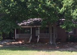 Foreclosure - Savannah St - Hartwell, GA