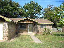Grundy St, Memphis TX