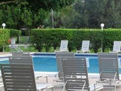 W Rolling Hills Cir, Fort Lauderdale FL