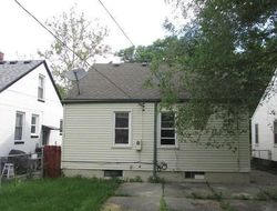 Foreclosure - Canyon St - Grosse Pointe, MI