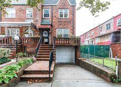 E 49th St, Brooklyn NY