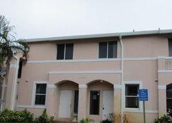 Ne 8th Pl , Miami FL